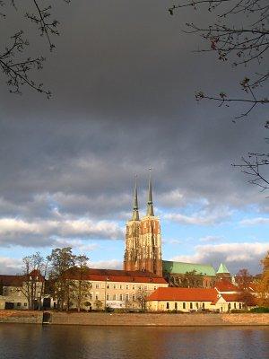 Katedra w chmurach