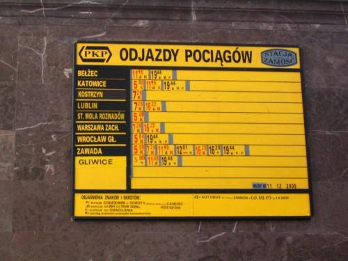 Tablica odjazdów w Zamościu - 2006